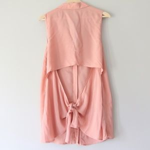 BCBGeneration || Pink Tie Back Button Down Tank, L